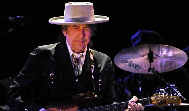 Don't Think Twice,It's All Right: Bob Dylan Wins Nobel