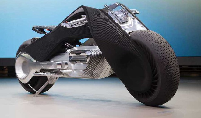 Jaw Drop: BMW Unveils Self-Balancing Bike