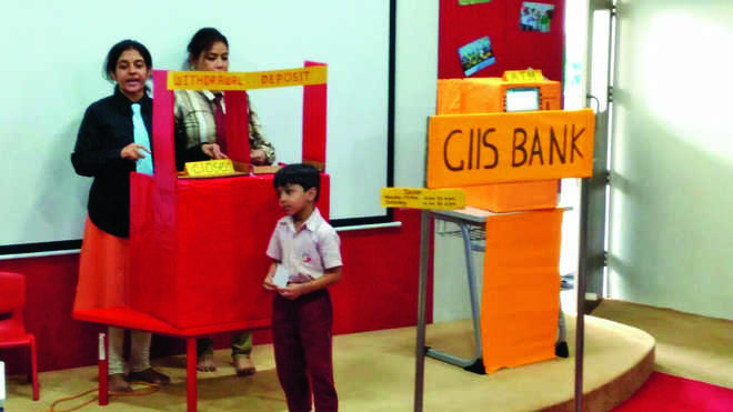 Tiny-tots Made Familiar With Banking Operations