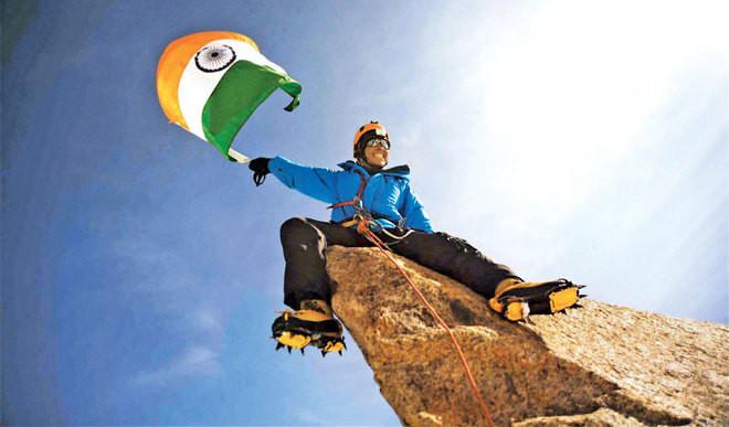 Arjun Scales Mt Cho Oyu