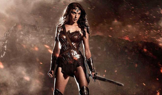 Should Wonder Woman Be Dropped As UN Envoy?