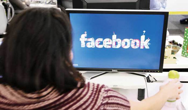 Using Facebook Helps In Living Longer, Claims A Study. Your Take