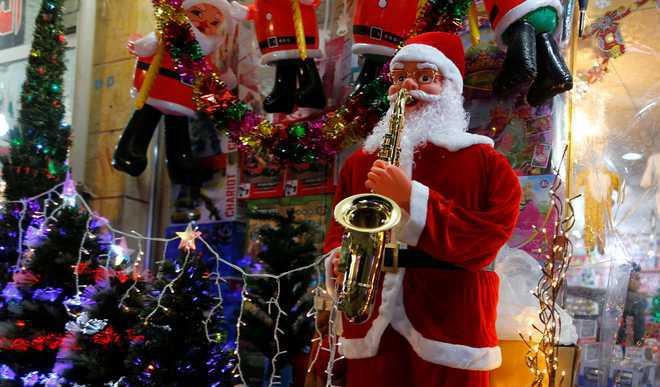 10 Popular Christmas Carols