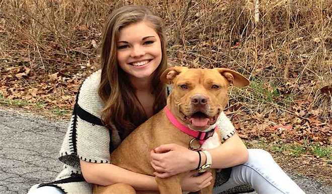 Cop Drives 770 Miles to Get her Home After Town Rallies to Find Missing Dog