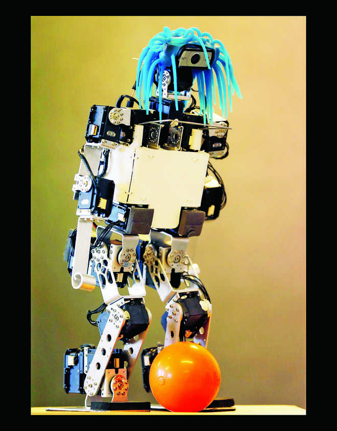 4 Robots You Must Read About
