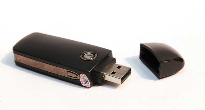 Here's How To Password Protect Flash Drives