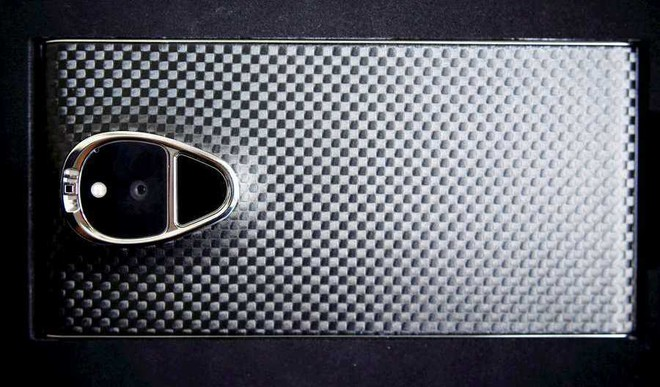 10 Things To Know About World's Most Expensive Smartphone Solarin