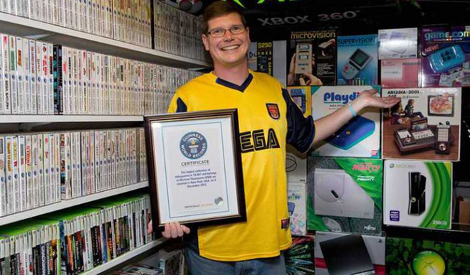 He Has 11,000 Video Games. And You?