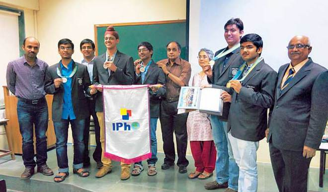 Indians bag five medals at physics Olympiad
