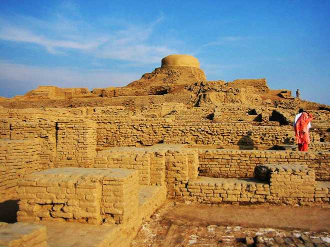 9 Facts You Must Know About Mohenjo Daro Before Watching The Film