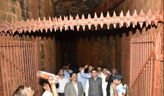 Brit Bunker Discovered Below Raj Bhavan