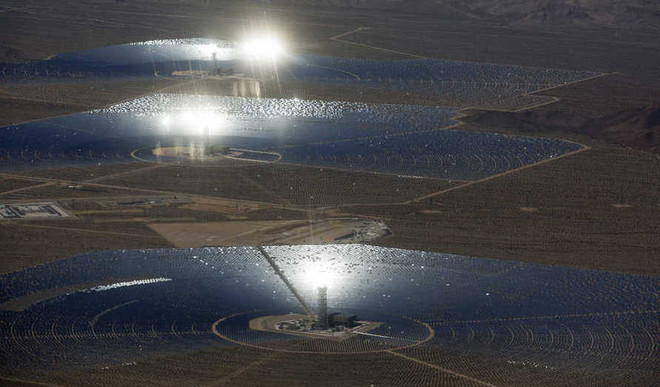 This Solar Power Plant Is Incinerating Birds