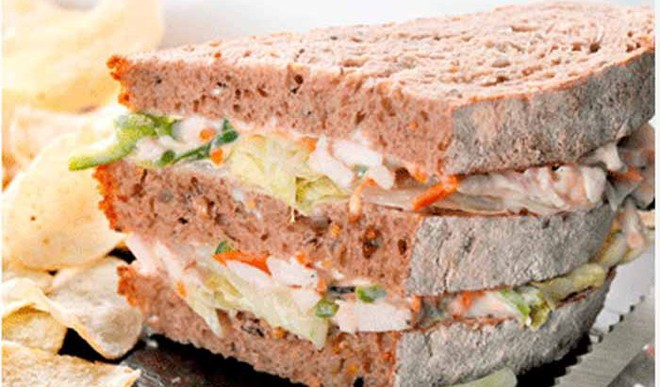 Recipe: Yogurt Coleslaw Sandwich