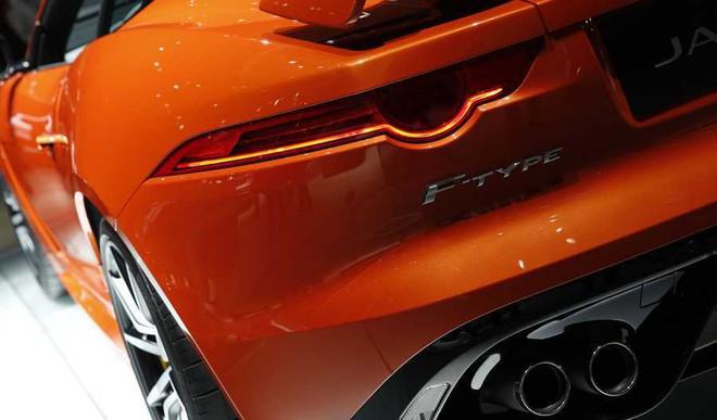 Paris Auto Show: Electric Vehicles Rule