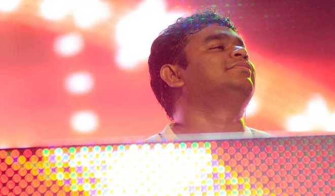 Rahman Recreates Iconic Track 'Urvashi'