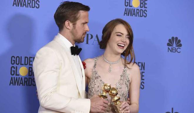 'La La Land' Rules Golden Globes