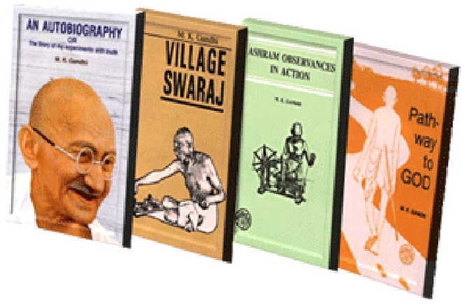 Discounted sale of Gandhi's books begins on Jan 30