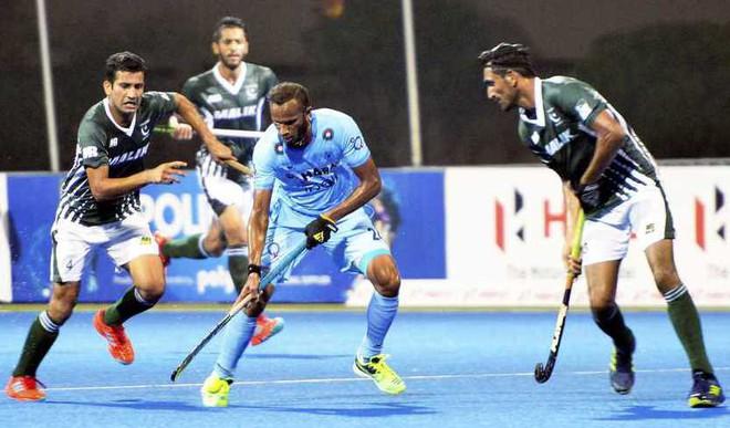 India Beat Pakistan To Top Pool A