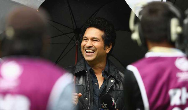 Sachin's Friends Spoiled His 1st Chinese Meal