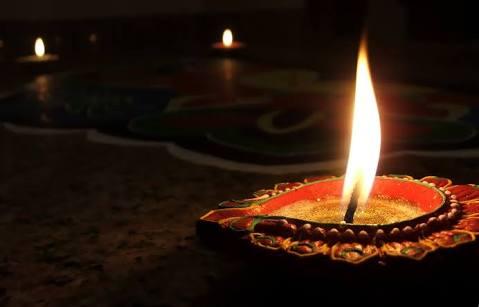 Yana Agarwal Poem On Diwali