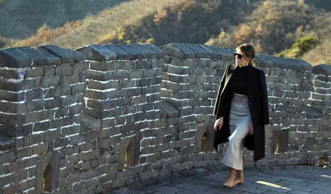 Melania Trump Tours Great Wall Of China