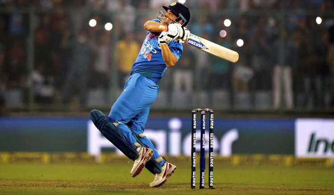 Should Dhoni Give Chance To Youngsters In T20?
