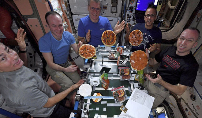 International Space Station Hosts 1st Pizza Party
