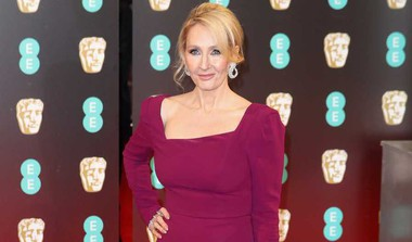 How Rowling Defended Decision To Cast Depp