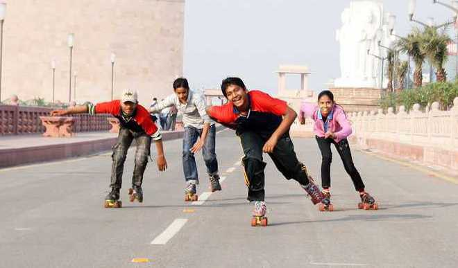 Shourya: Is The Generation Gap Destroying Family Life?