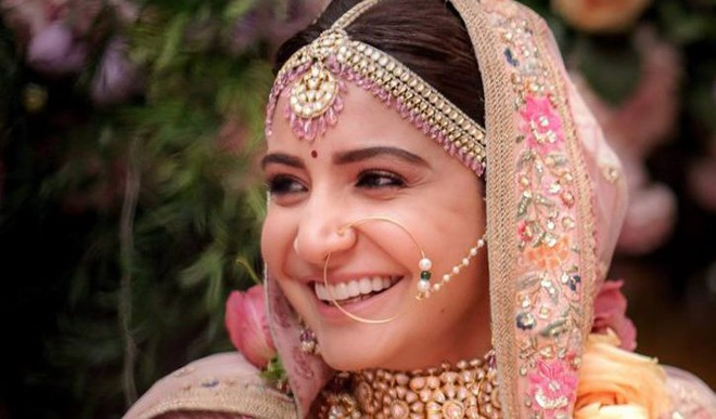 Beauty Lessons From Anushka's Wedding
