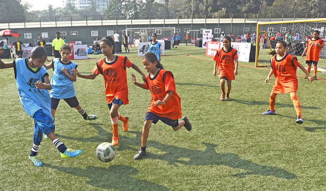 Mirror Girls Soccer League 2017: Dharavi Diary girls shine