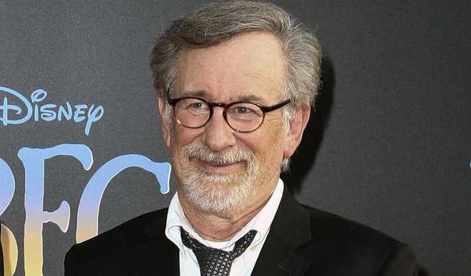 Spielberg Teams Up With Tom Hanks And Meryl Streep