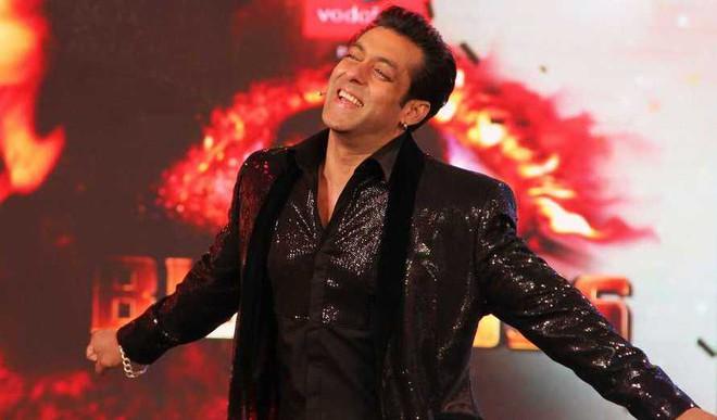 Salman Eyes Smartphone Market