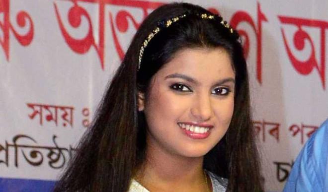 Will Sing Till Last Breath: Nahid Afreen
