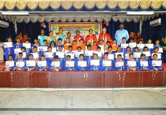 KG Graduation at Shri Krishnaswamy