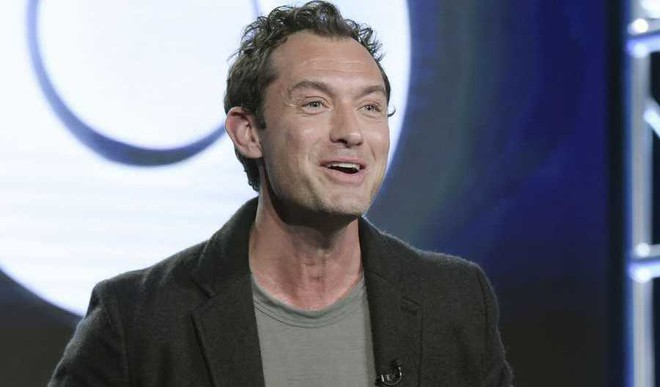 Can You Picture Jude Law As Dumbledore?
