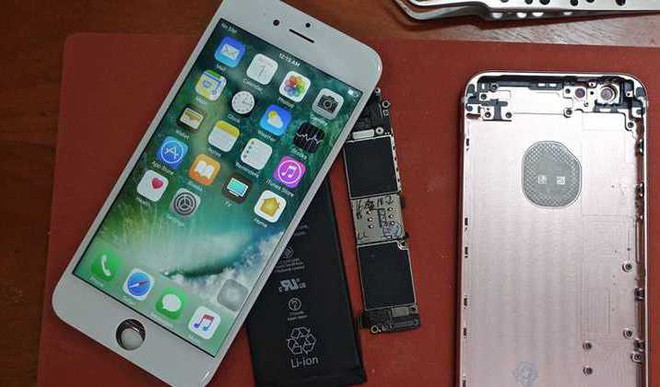 This Man Built His Own iPhone 6s