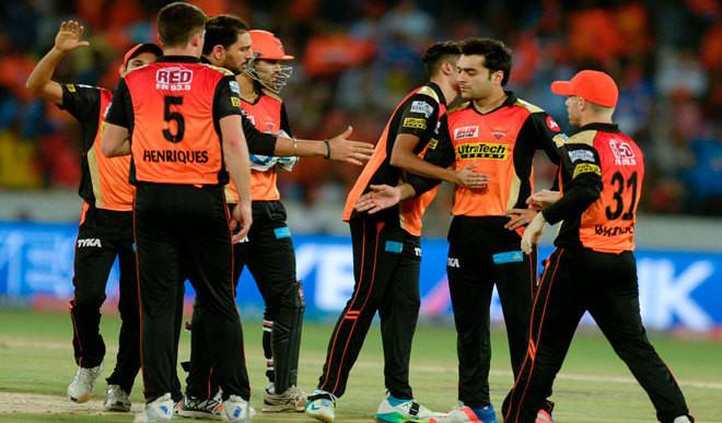 Hyderabad Crush Mumbai
