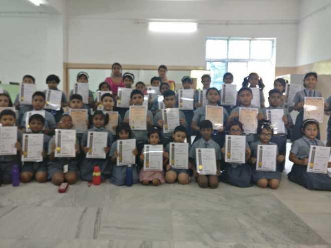 St Stephen's School, Birati students shine in mental maths