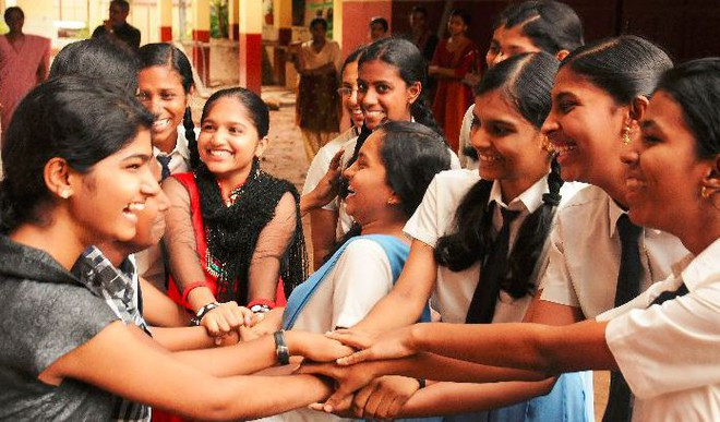 Should Schools Install Sanitary Napkin Vending Machines?
