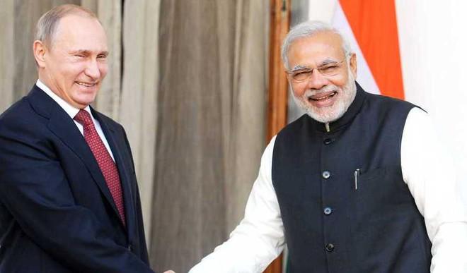 Modi, Putin Sign Pact