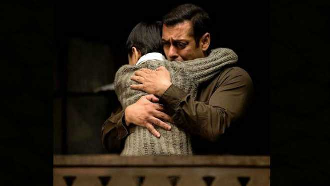 Salman Keeps The Faith Alive
