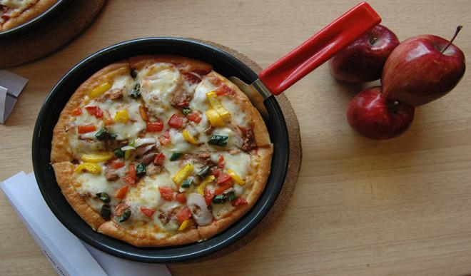 1.9 Km-long Pizza Sets Guinness World Record