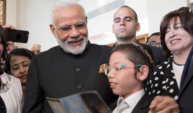 11-Year-Old Moshe Loves India