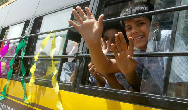 HC Notice to CBSE Rule Saying Teachers Not To Accompany Kids In School Buses