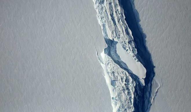 Massive Iceberg Breaks Off  In Antarctica