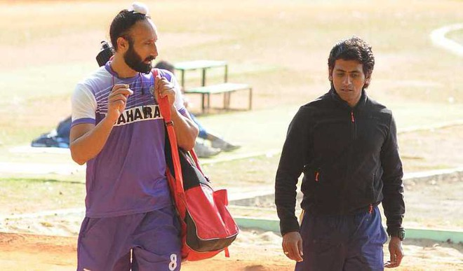 Team India Strong On Paper: Pak Coach