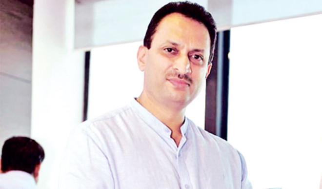 Do you think Union minister Anant Kumar Hegde should apologise for his 'change the Constitution' remark? Your take.