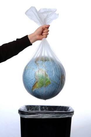 Aakanksha Gadh: Should Plastic Be Banned?