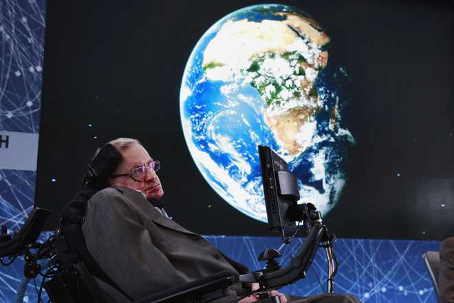 Hawking Warned Against Superhumans